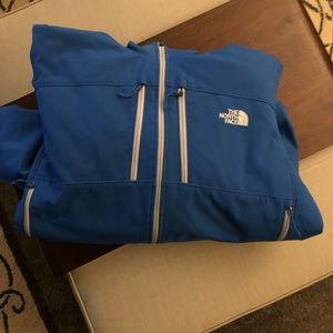 North Face Men's XL Hooded Jacket